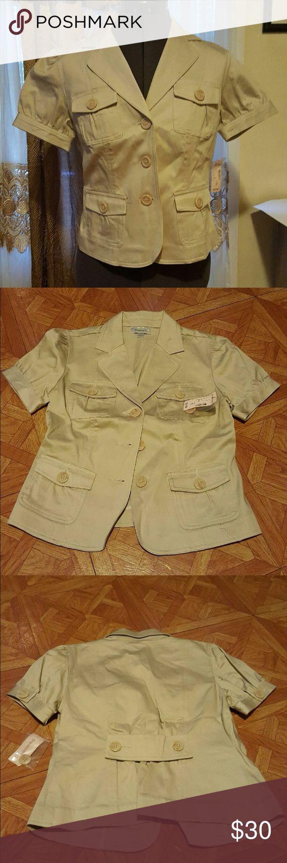 Short Sleeve Khaki Blazer Short sleeve khaki blazer with pockets Dress Barn Jackets & Coats Blazers