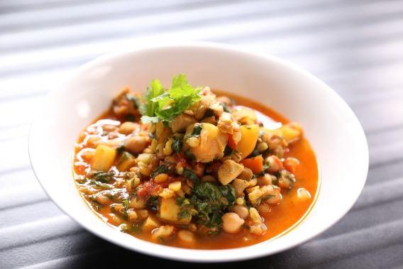 soupe méditéranéenne au poulet