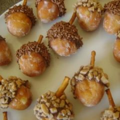 Sweet acorn deserts