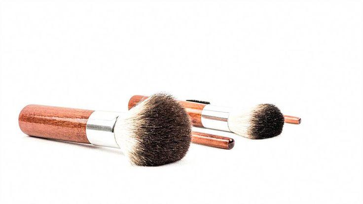 Ich kann gar nicht genug über diese Giorgio Armani Eyes sagen, um Silk Shadows-Sonnenbrillen zu töten …   – Everyday Makeup