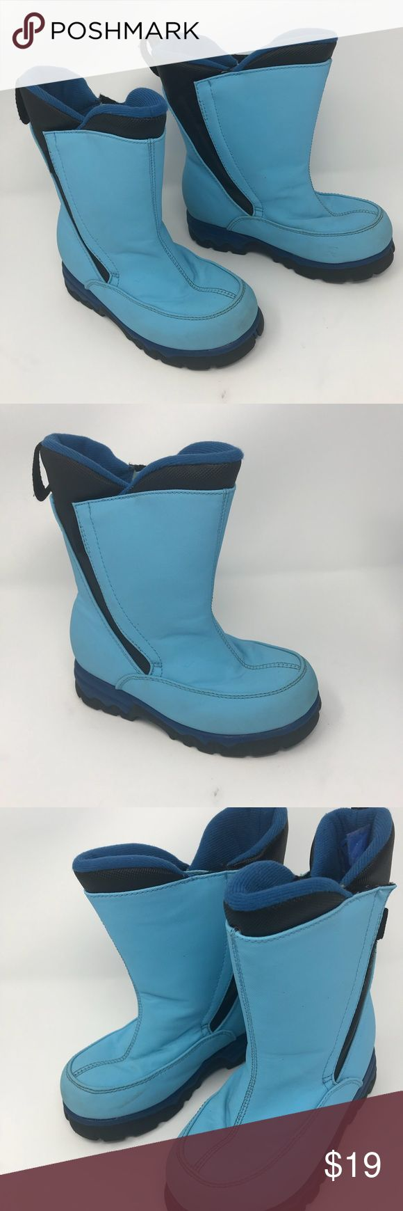 LANDS' ENDS Winter Snow Boots Blue Kids size 12M Lands' End Snow Winter Boots Insulated boots Light blue Kids size 12M This is a used item. Has some discoloration from wear but in good condition. Lands' End Shoes Rain & Snow Boots