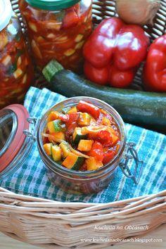 kuchnia na obcasach: Sałatka z cukinii, papryki i cebuli do słoików na ...