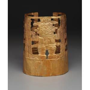 Crown with deity figures, Chavín culture, Early Horizon, c. 1000 to 200 B.C., Dallas Museum of Art