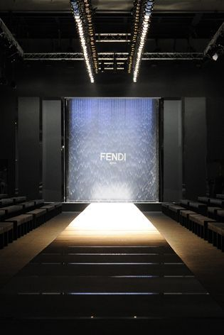 12 Best Runway Plan Images On Pinterest Fashion Show New York Fashion And Set Design