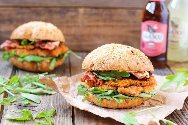 food geek: Свиной шницель-сэндвич с красным песто и острым ай...