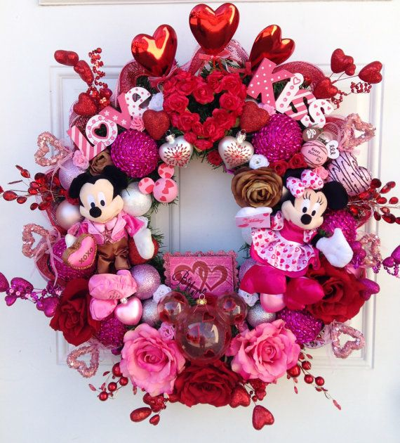 Mickey and Minnie Mouse Valentine Wreath by SparkleForYourCastle