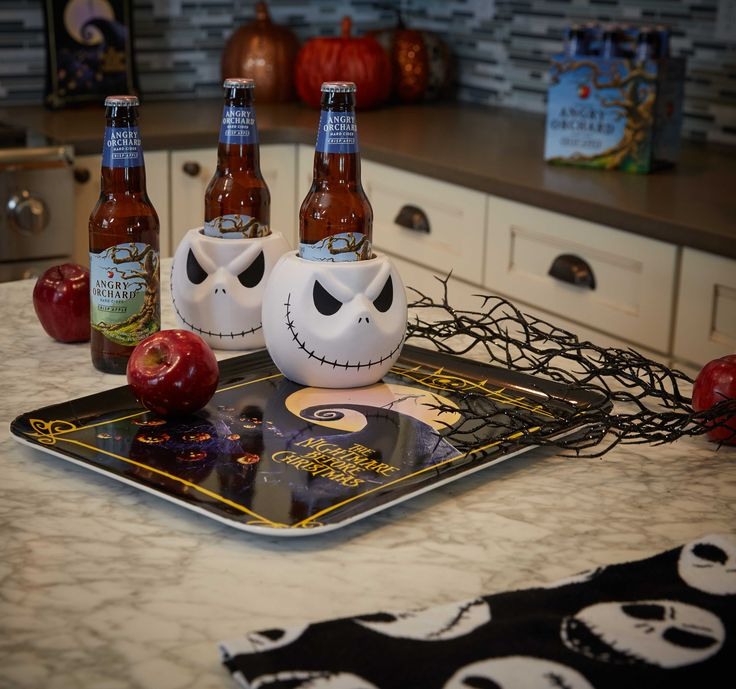 Any party can become nightmarishly fun with these Jack Skellington beverage huggers and NBC tray!