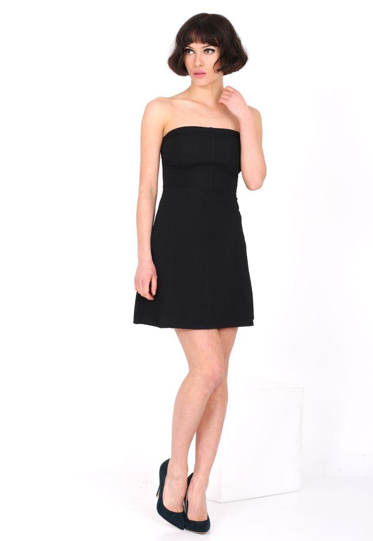 Rochie Bershka Collection Black - doar 59,90 lei. Cumpara acum!