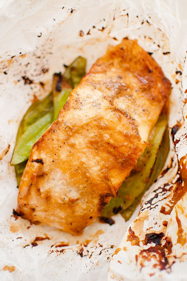 Five ingredients including ginger, miso paste and snow peas, are all it takes for this Japanese inspired miso salmon baked in parchment.