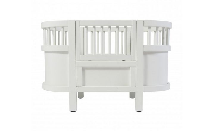 Doll bed from Sebra. Beautiful Danish design. Perfect toy for a little girl.