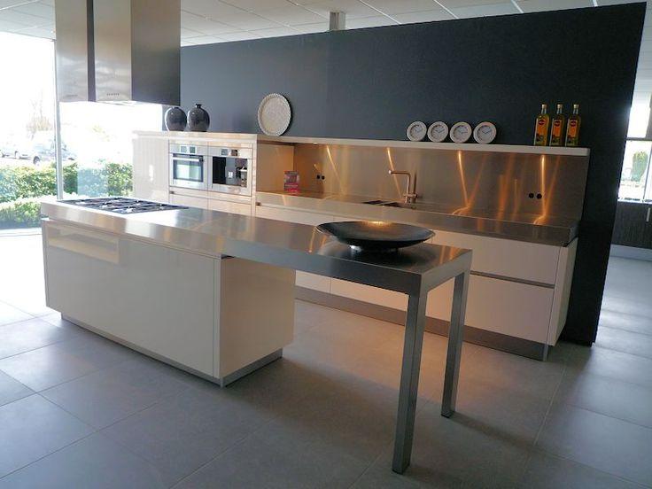 Meer dan 1000 idee n over rvs spoelbakken op pinterest rvs keuken en wastafels - Geintegreerde keuken wastafel ...