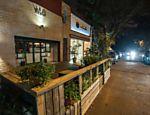 O espaço é mantido com patrocínio da marca de uísque Jameson, e é usado pelos clientes do restaurante Vito