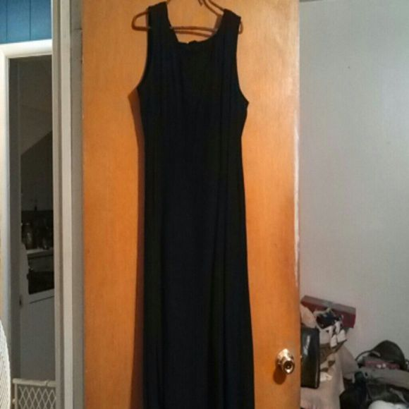 Cocktail dress resale 5 room