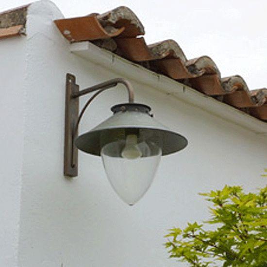 Messing-Wandleuchte mit Reflektorschirm Belvedere *Ausführung in Altmessing
