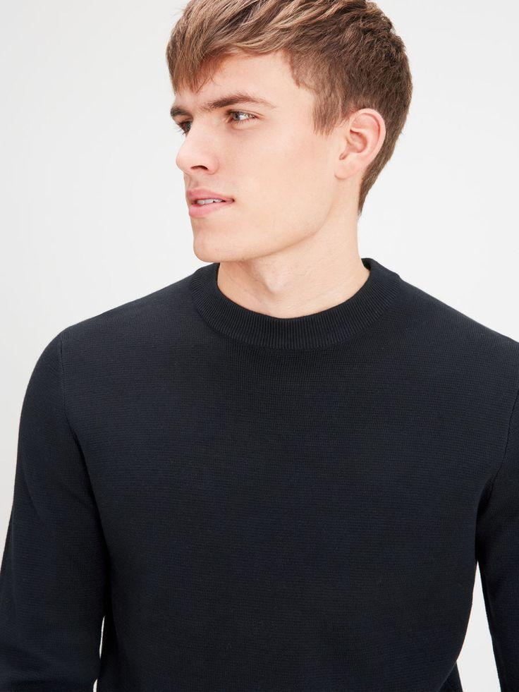 Minimalistic black crew neck pullover from pure cotton | JACK & JONES