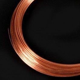 El Hilo de cobre es un gran material con el que podrás hacer piezas de joyería, cadenetas, anillos y cualquier manualidad que se te ocurra. Atención a los metros en cada rollo dependiendo del grosor. #HilodeCobre #AlambredeCobre #Copperwire