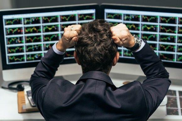 E*TRADE vs. Robinhood: Does Free Stock Trading Win Out?