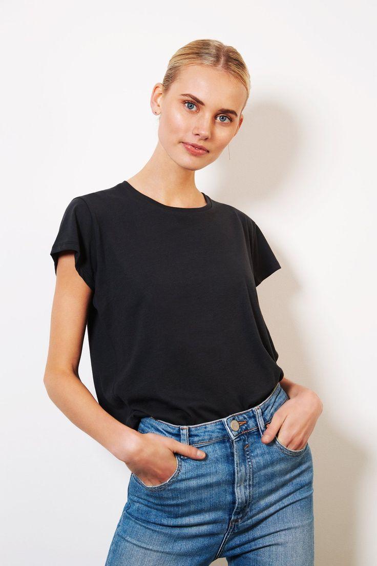 shop ethical clothing Australia | sustainable - ethi -Crew Tee - Black
