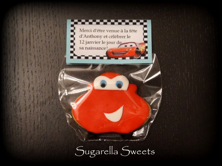 Cute flash McQueen cookie. Perfect for birthday favors.