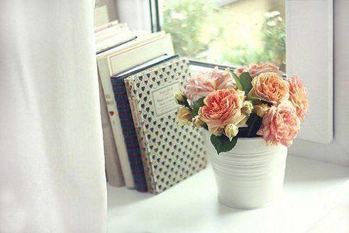 Счастье — это когда дома светло, уютно, тепло, чисто и спокойно. И так же — в душе.