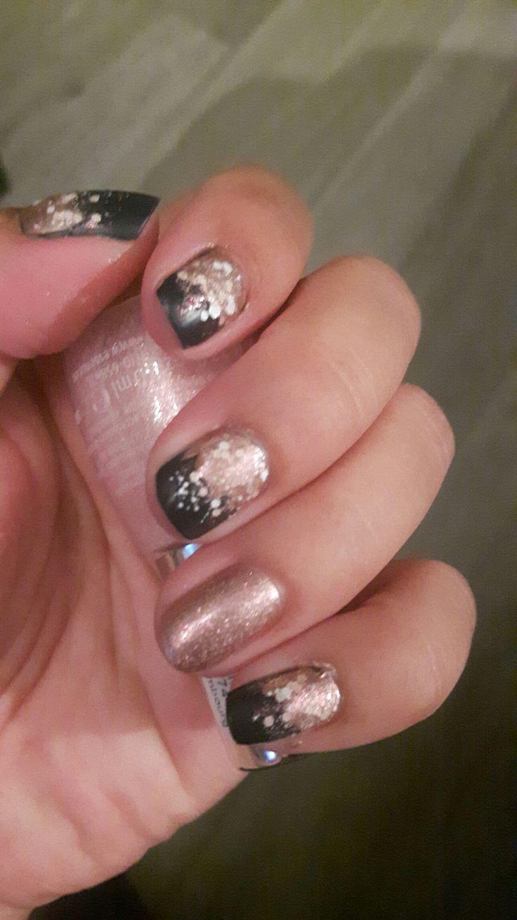 Mijn eigen nagels met gewone nagellak.  Experimentje