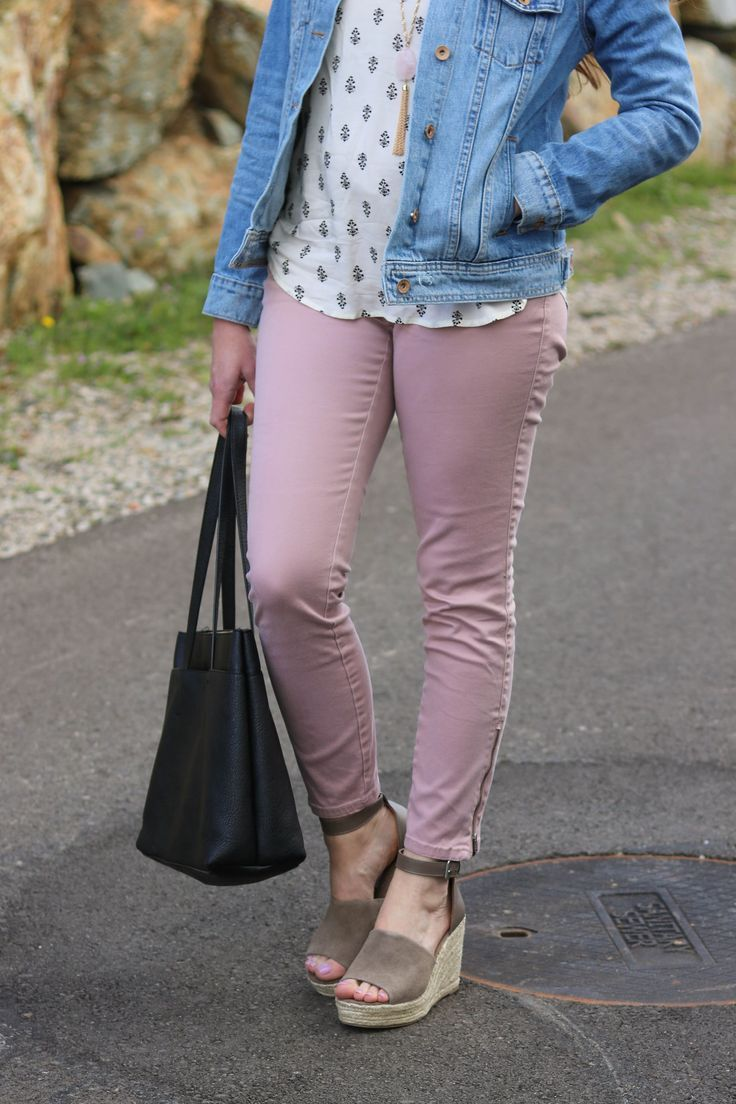 spring fashion, spring outfit, summer outfit, pink jeans outfit, distressed denim jacket, pink jeans
