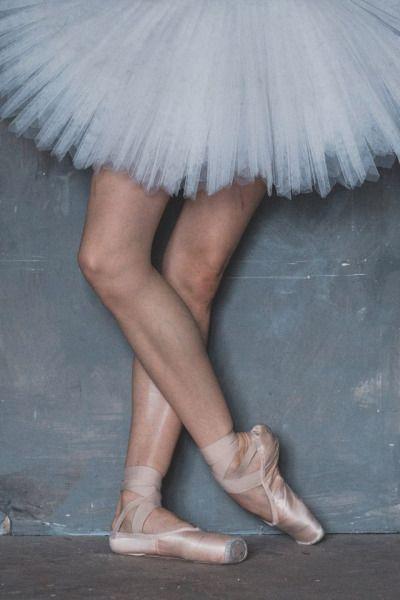Vaganova Ballet Academy student Maria Khoreva, photographed by Katerina Kravtsova.