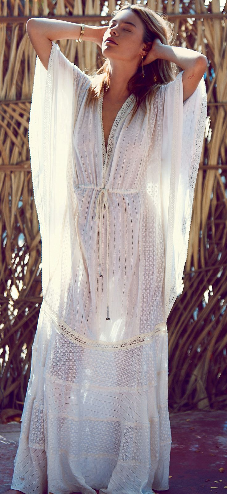 Boho caftan. Looks kind of perfect for Karachi's weather at the moment.