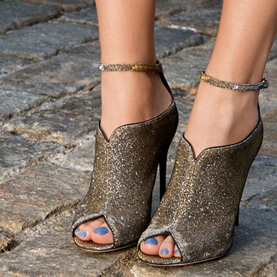 Dazzle: Fashion, Style, Sparkly Shoes, Glitter Shoes, Brian Atwood, Nails Polish, Glitter Heels, Blue Nails, Blue Toe