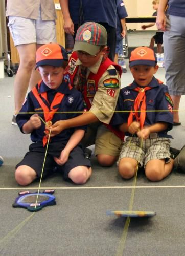 San Mateo Cub Scouts having fun with Turtle Racing