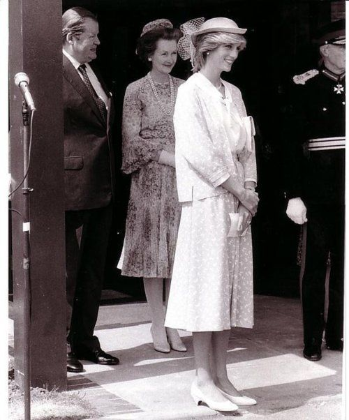 theprincessdianafan2's blog - Page 550 - Blog sur Princess Diana , William & Catherine et Harry - Skyrock.com