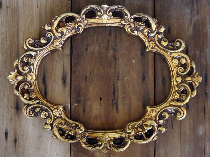 Vintage Ornate Frame Gilded Gold Oval Empty Large Golden