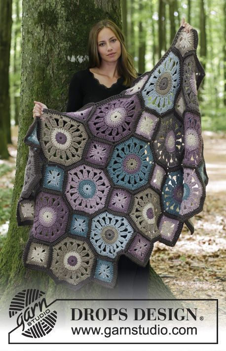 Gypsy Wagon / DROPS 180-9 - Crochet blanket with octagons and squares. The piece is crocheted in DROPS Andes. - Free pattern by DROPS Design