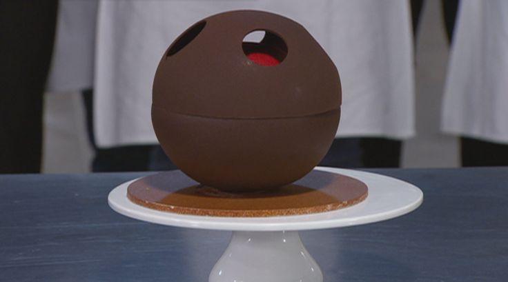 black forest gelato cake!! (yum :) ) open for the recipe! http://tenplay.com.au/channel-ten/masterchef/recipes/black-forest-gelato-cake