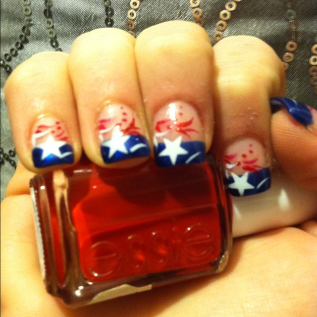 my New England Patriots inspired nails! I'm ready for game day tomorrow!