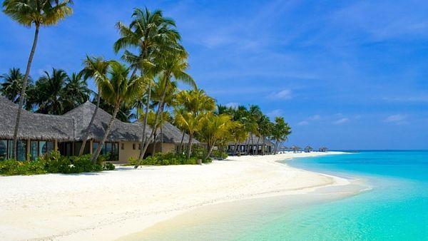 Mezi zakázanými ostrovy jsou i nádherné tropické ráje.