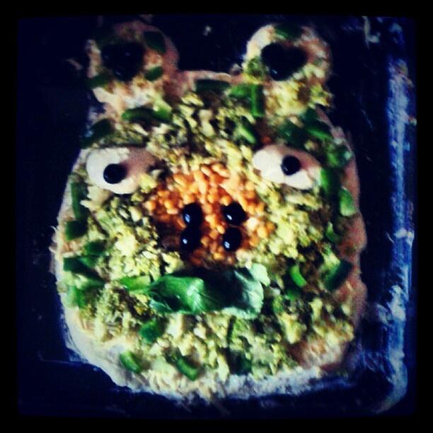 angry bird pizza