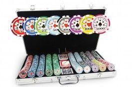 Mallette Laser Deluxe 1000 jetons - Pokeo.fr - Mallette de poker en aluminium 1000 jetons Laser Deluxe en PP stické 11,5g + 3 jeux de cartes en carton plastifié + 1 livret de règles du jeu Pokeo.