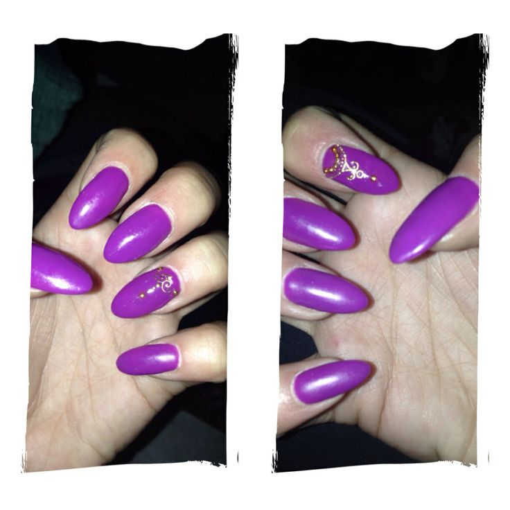 that's my nails..!!all time classic..purple..