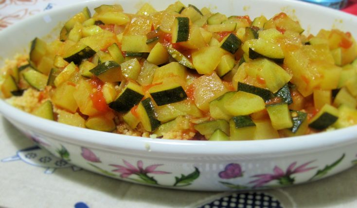 cous cous con zucchine e patate cous cous with zucchini, potatoes and tomato #veganrecipe #ricettavegana