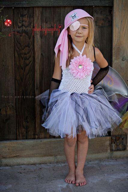 This outfit would make a great Halloween Costume, photo prop, perfect for flower girls or for any other special occasions when your little girl wants to look like a pretty princess.I can make them in other colors of your preference as well, or a different size and length. Please send me a message wih your custom request and I will be more than happy to create a completely personalized look for you!