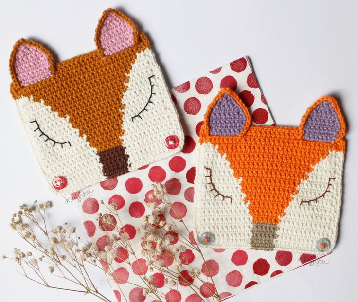 Twin Fox (Square) Coaster Crochet in 2 pieces (set of 2) by KenjikuMade on Etsy