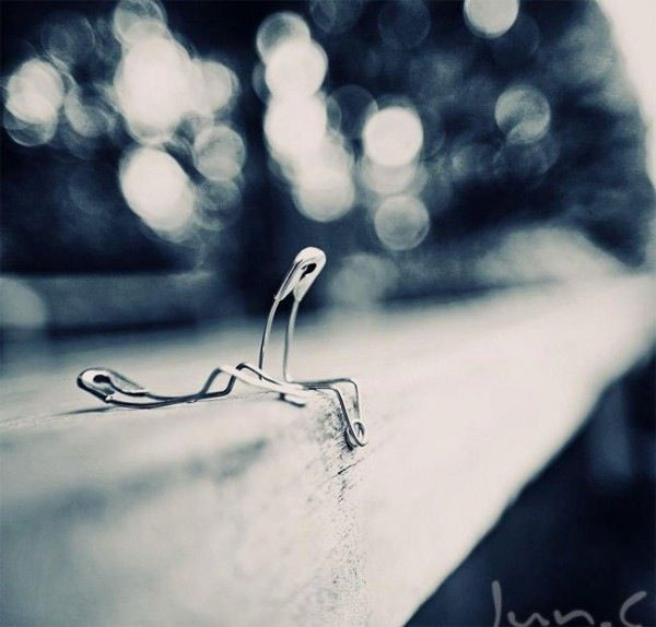 Photographs Of Strangely Expressive Safety Pins That Display Human Emotions - DesignTAXI.com