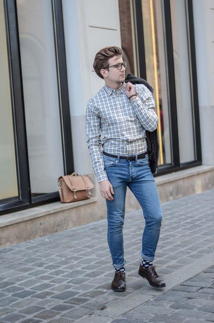 Koszula w kratę męska button-down, Torba listonoszka, Męskiej jeansy, Skarpety Happy Socks męskie, Bransoletki She&He Męskie, Męskie fryzury, Męski styl, Blog o modzie męskie, GMALE
