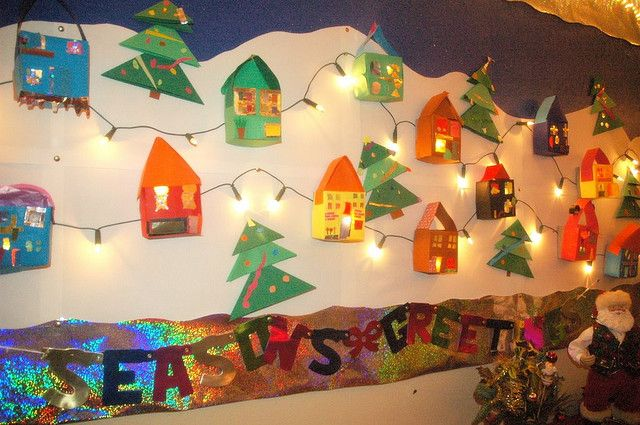Bulletin Board: Christmas Village, Winter Bulletin Boards, Students Crafts, Christmas Lights, Gingerbread House, Christmas Display, Boards Ideas, Christmas Bulletin Boards, Christmas Gingerbread