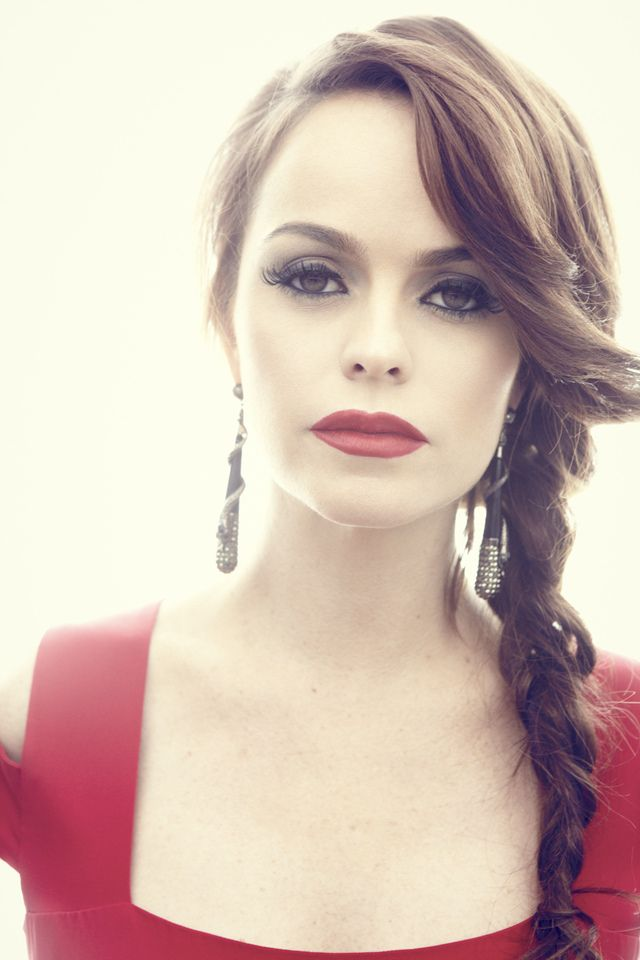 Milk Made - Not Your Typical Taryn Manning #TarynManning