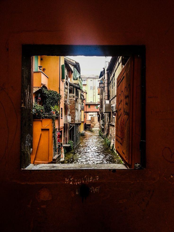 Via piella la finestra sul canale bologna landscapes pinterest bologna - Bologna finestra sul canale ...