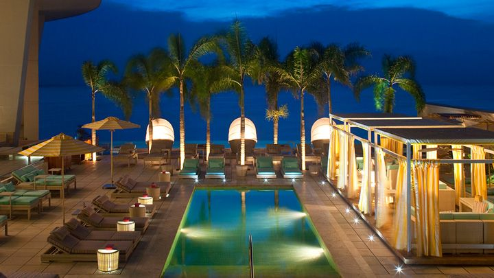17 best images about poolside at trump panama on pinterest for Hoteles salamanca con piscina