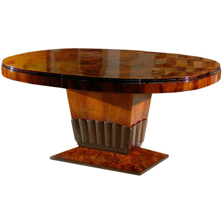 Art Deco Oval Dining Table With Tulip Base