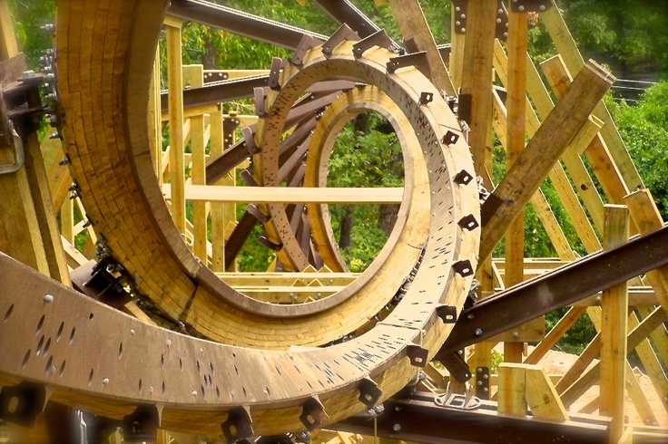 The Double Barrel Roll on Outlaw Run at #SilverDollarCity (Opening in 2013)!